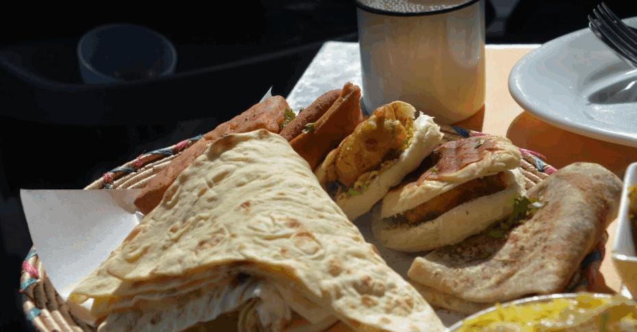 مطعم زعفران من أفضل مطاعم البحرين الشعبية للعوائل